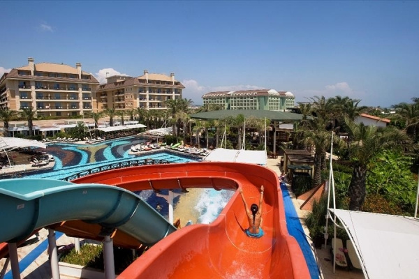 Crystal Family Resort&Spa *****