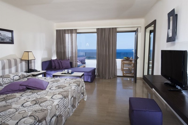 Minos Palace Hotel & Suites *****